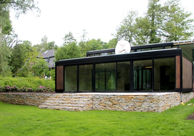 Naturstein und moderne Architektur
