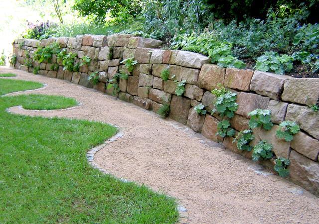 Trockenmauer: Mauer ohne Mörtel