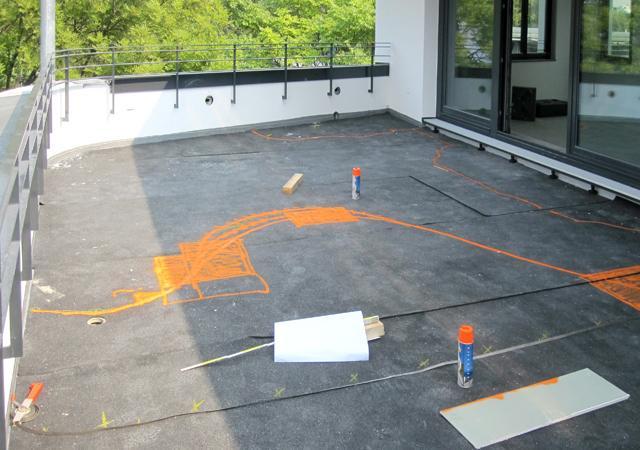 Bau eines Dachgartens: 1. Flächenaufteilung und Abdichtung des Untergrundes.